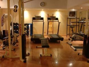 โรงแรมลอยสวีทเรคอเลตา บัวโนสไอเรส - ห้องฟิตเนส