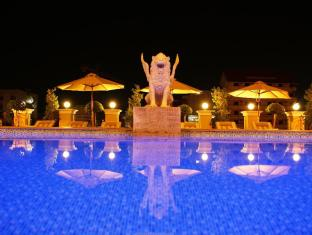 LK Renaissance Hotel Pattaya - Swimming Pool