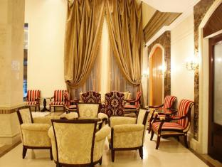LK Renaissance Hotel Pattaya - Lobby