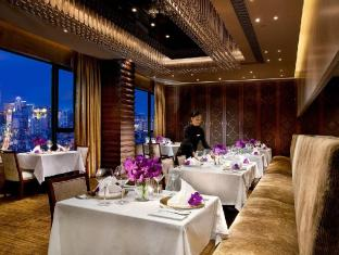 Sofitel Macau at Ponte 16 Hotel Macau - Food, drink and entertainment