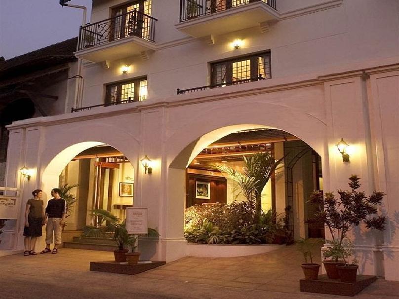 Hotel Arches - Kochi