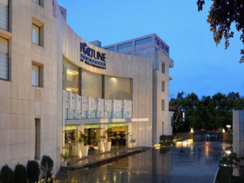Fortune Inn Riviera Hotel - Hotell och Boende i Indien i Jammu