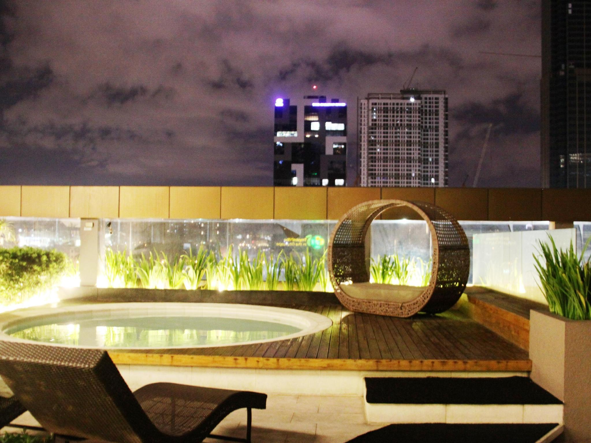The Redbloom Suites Bonifacio Global City-BGC - Hotels and Accommodation in Philippines, Asia