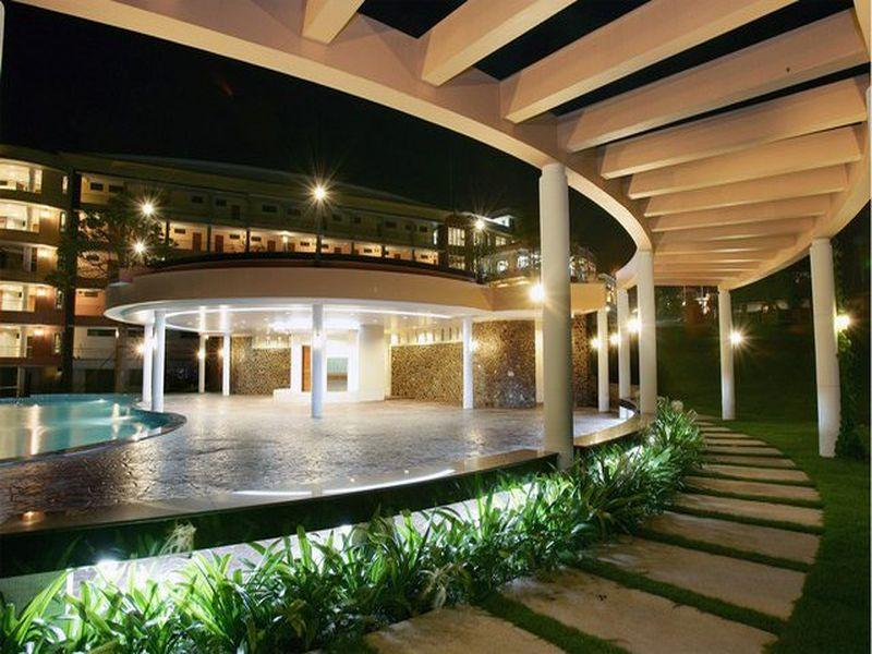 Naraihill Golf Resort and Country Club Hotel - Hotels and Accommodation in Thailand, Asia