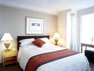 Quay West Suites Hotel - Room type photo