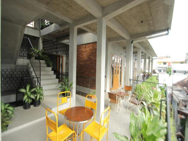 Pawon Cokelat Guesthouse - Hotels and Accommodation in Indonesia, Asia