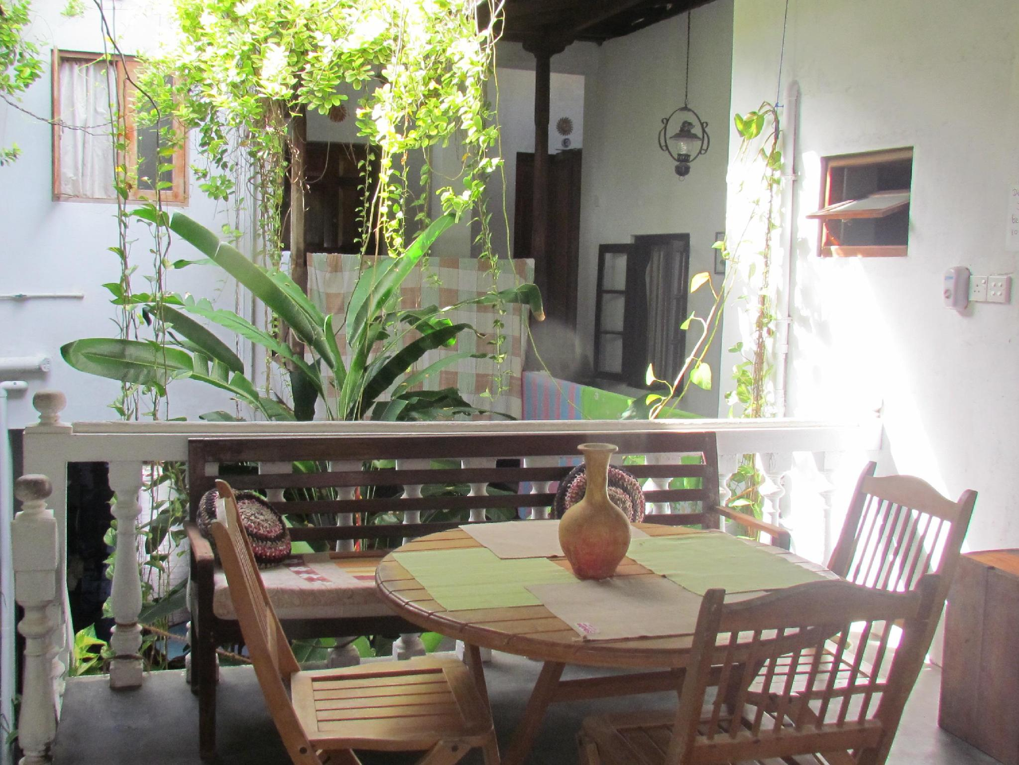 Shoba Travellers Tree Home Stay - Hotels and Accommodation in Sri Lanka, Asia