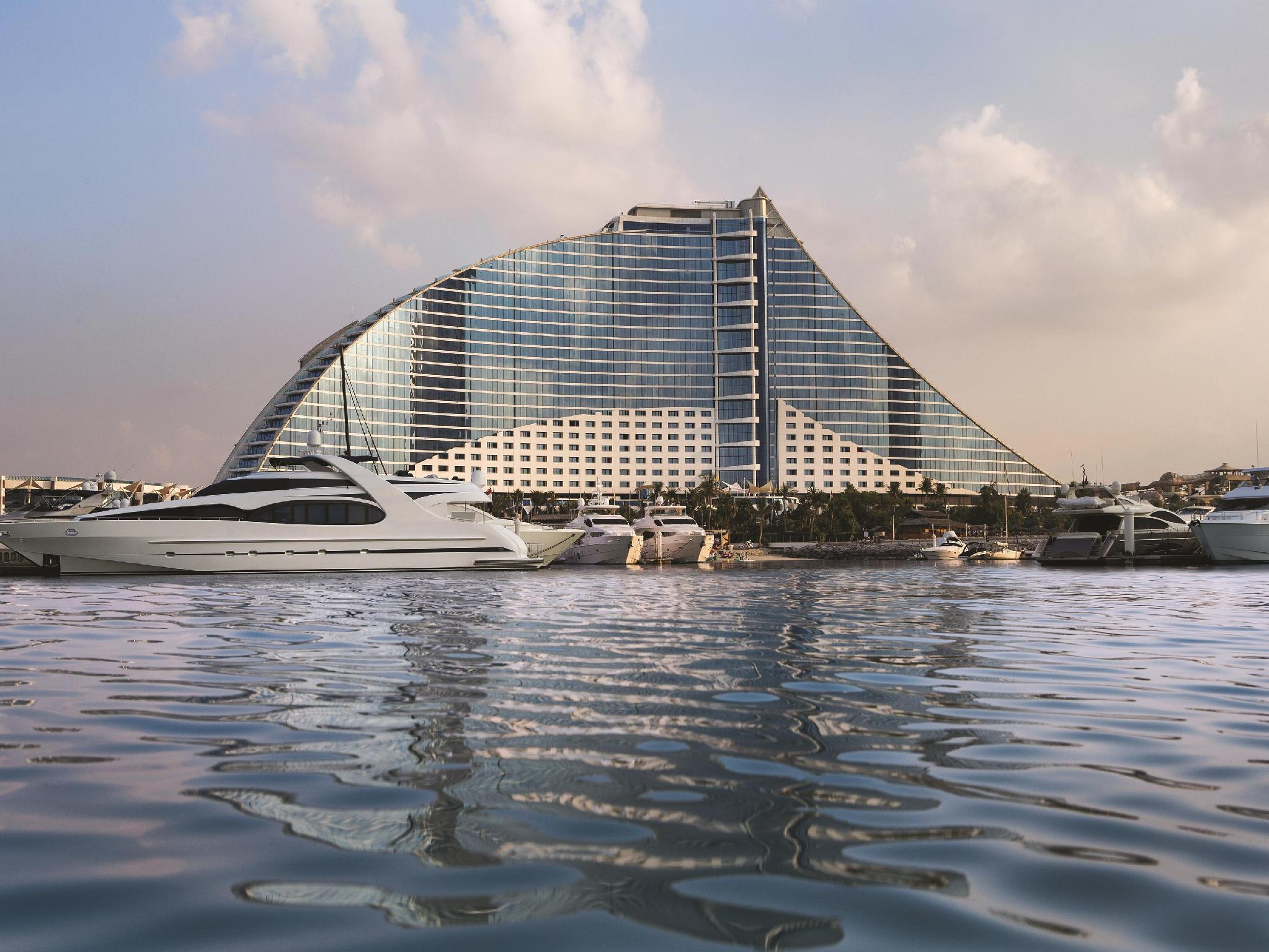 Jumeirah Beach Hotel - Hotels and Accommodation in United Arab Emirates, Middle East