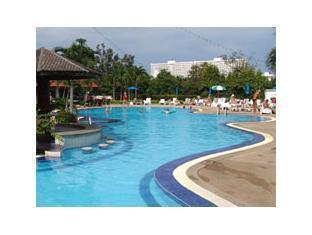 โรงแรมเวลคัม จอมเทียน บีช พัทยา - สระว่ายน้ำ