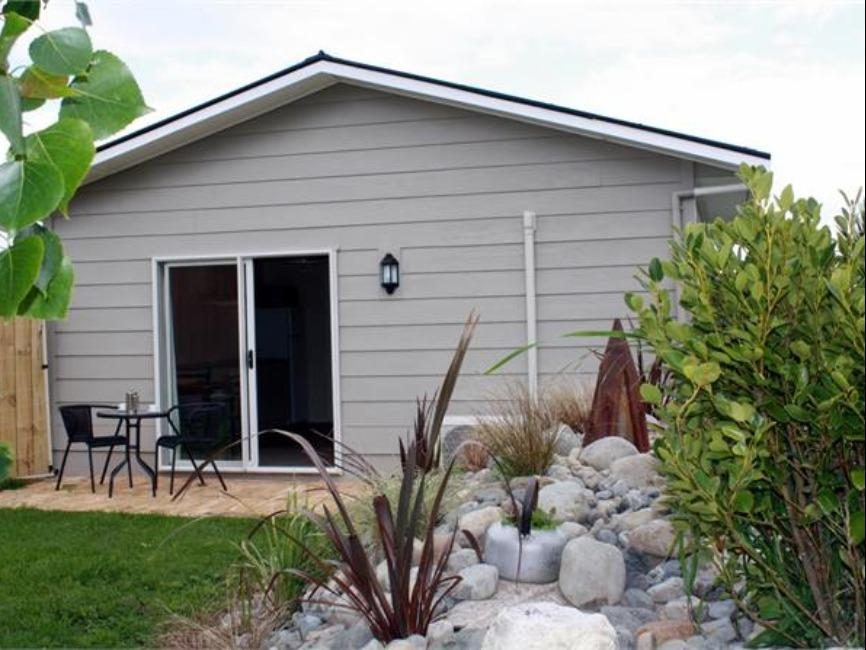 Watsons Cottage - Hotels and Accommodation in New Zealand, Pacific Ocean And Australia