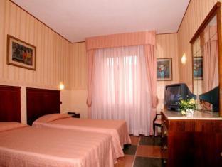 La Pace Hotel Pisa - Guest Room