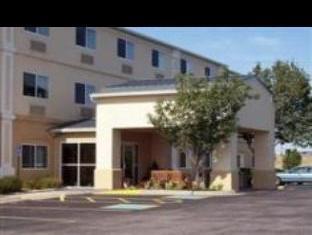 Holiday Inn Express Wichita Hotel
