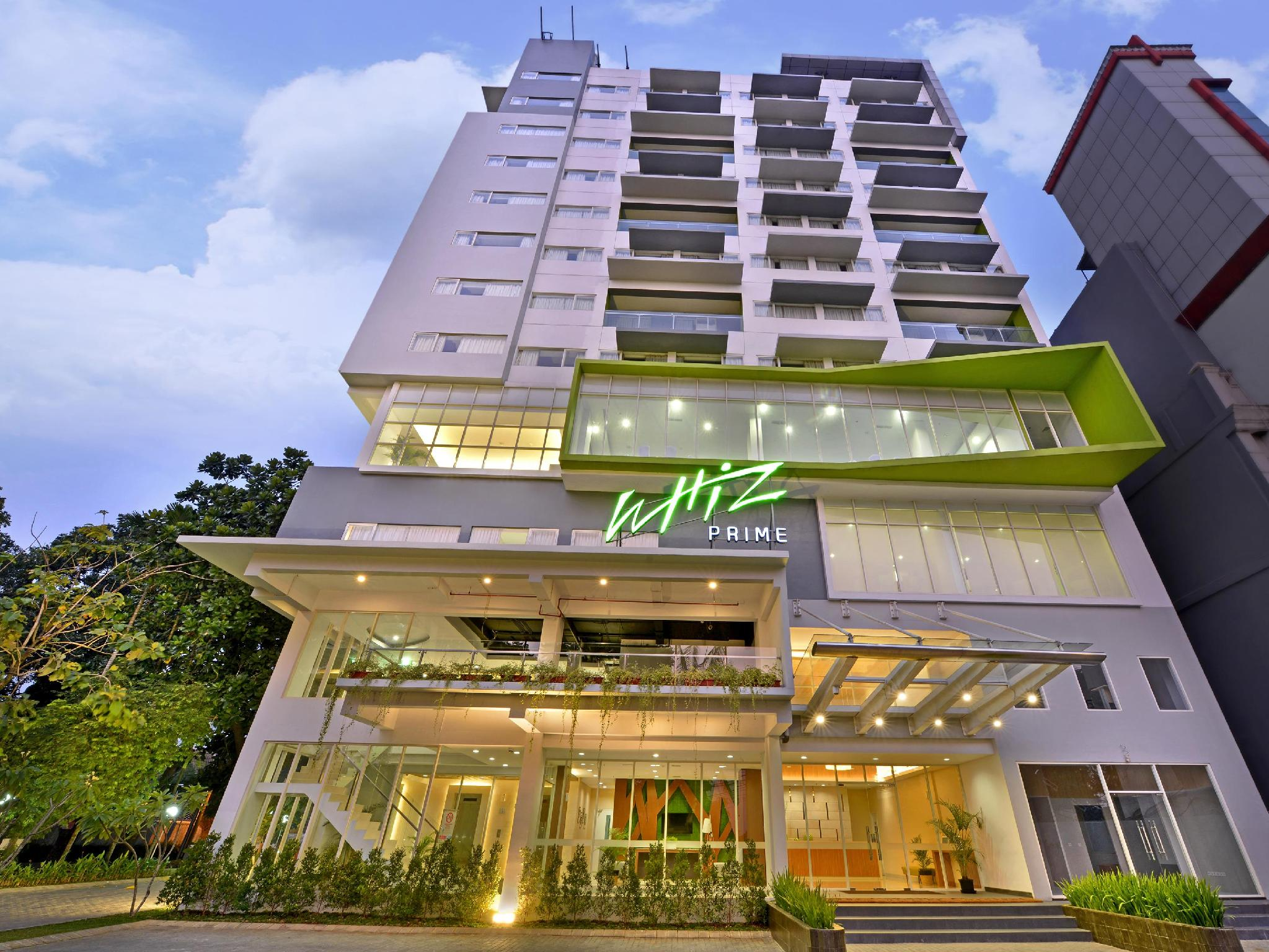 Whiz Prime Hotel Pajajaran Bogor - Hotels and Accommodation in Indonesia, Asia