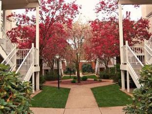 Residence Inn Providence Warwick Warwick (RI) - Garden