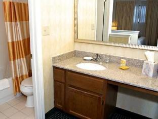 Residence Inn Providence Warwick Warwick (RI) - Bathroom