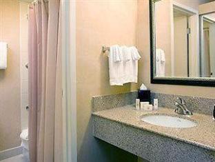 Courtyard By Marriott Seattle South Center Hotel Seattle (WA) - Bathroom