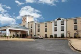 Holiday Inn Express Southaven Hotel
