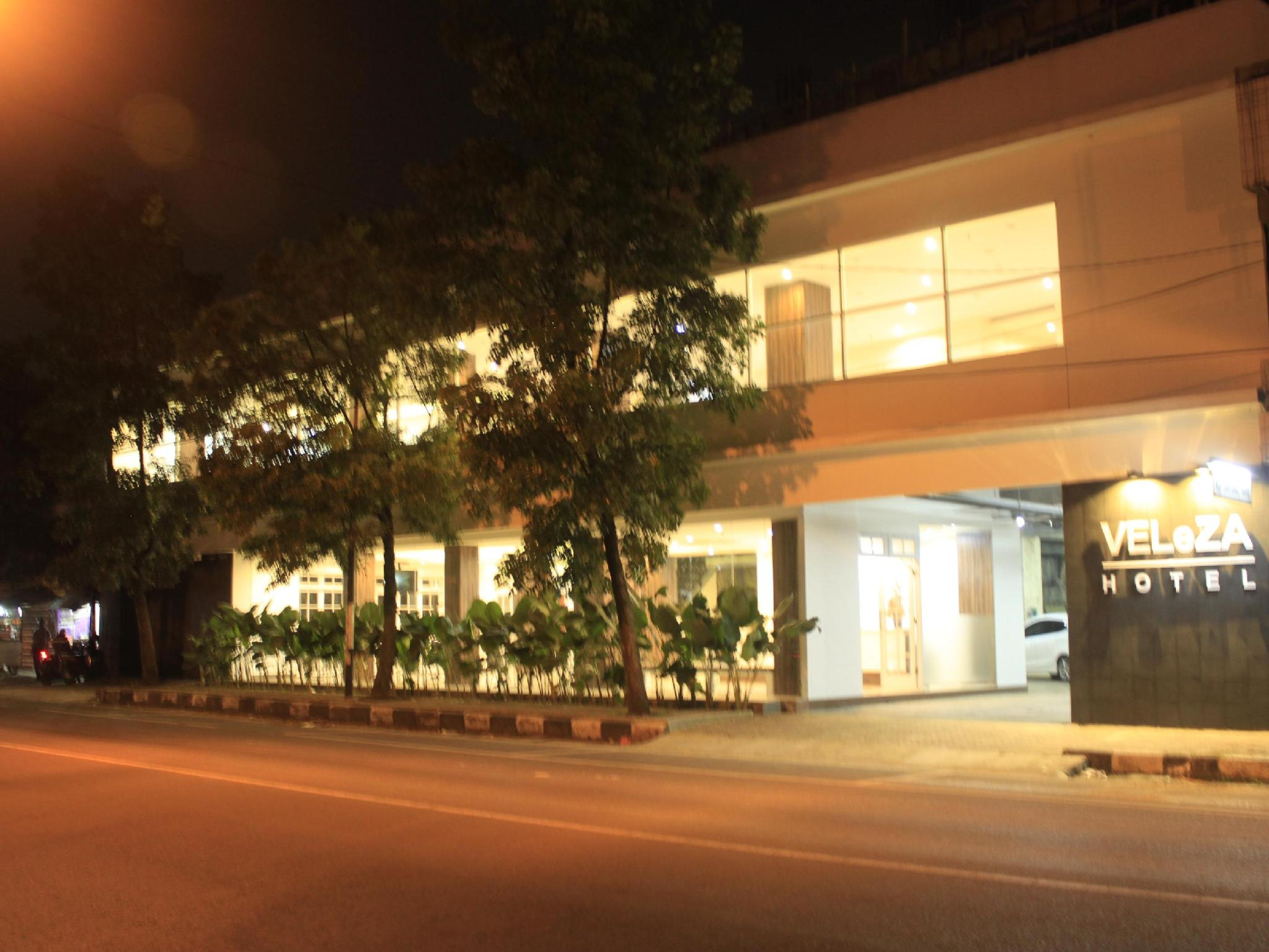 Veleza Hotel - Hotels and Accommodation in Indonesia, Asia