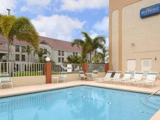 Baymont Inn and Suites Orlando Universal Area Orlando (FL) - Swimming Pool
