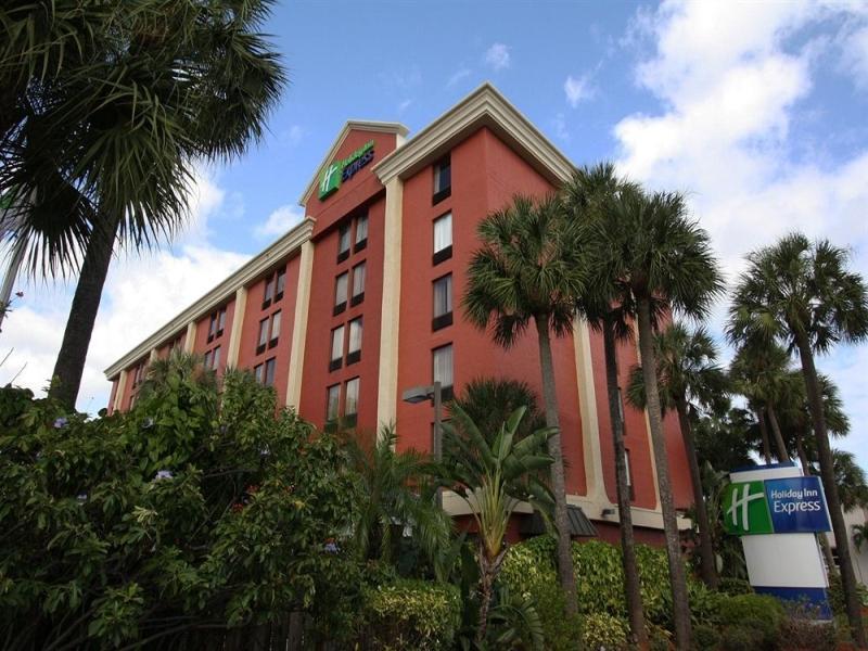 Holiday Inn Express Miami International Airport Hotel