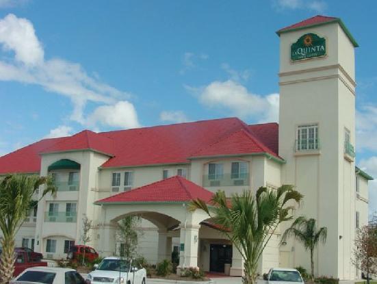 La Quinta Inn & Suites Houston Hobby Airport Hotel