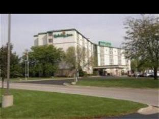 Holiday Inn Rockford (I-90 Exit 63) Hotel
