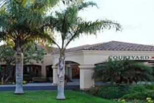 Courtyard By Marriott Camarillo Hotel
