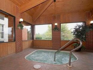 Comfort Inn North - Mansfield Hotel Mansfield (OH) - Hot Tub