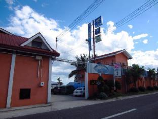 Ocean Bay Beach Resort Себу - Вхід