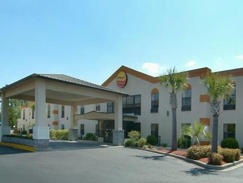 Comfort Inn Surfside Beach Hotel - Hotel and accommodation in Usa in Myrtle Beach (SC)