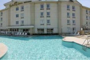 Holiday Inn Express Myrtle Beach - Broadway Hotel