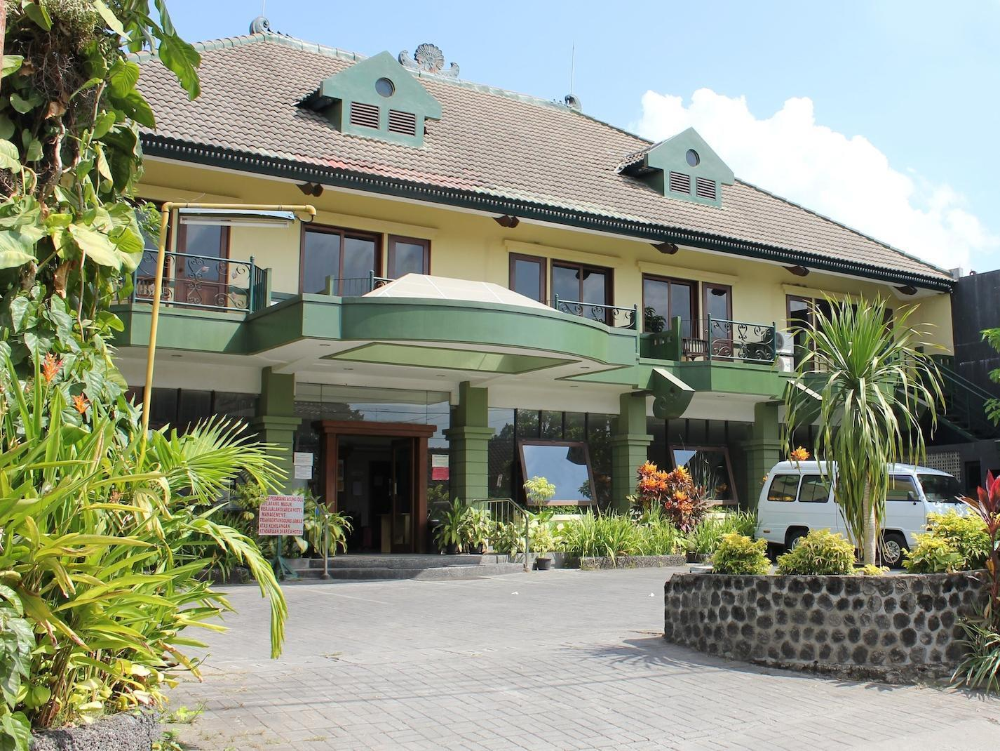Hotel Winotosastro Garden - Hotels and Accommodation in Indonesia, Asia