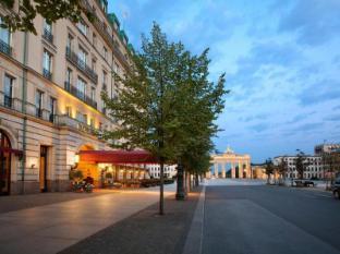 Hotel Adlon Kempinski Berlin - Hotellet från utsidan