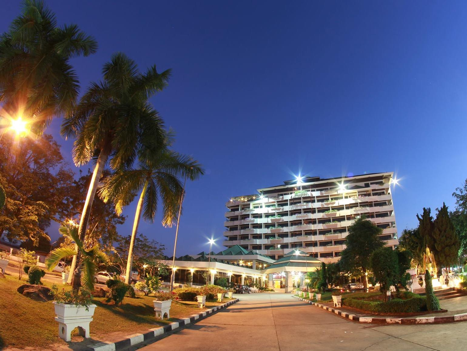 The Grand Paradise Hotel - Hotels and Accommodation in Thailand, Asia