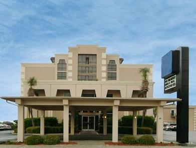 Comfort Inn & Suites Beach Front Central - Hotel and accommodation in Usa in Myrtle Beach (SC)
