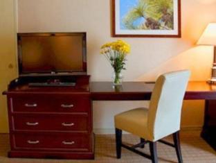 Sheraton Raleigh Hotel guestroom junior suite