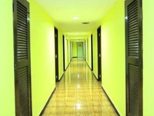Rome Place Hotel Phuket - Hall Way