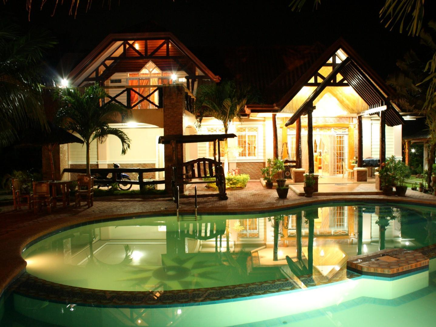 Dumaguete Springs Beach Resort - Hotels and Accommodation in Philippines, Asia