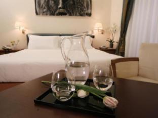 Crosti Hotel Rome - Guest Room