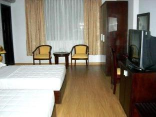 Chau Pho Hotel - Room type photo