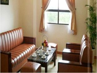 Chau Pho Hotel - More photos