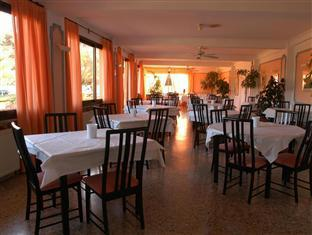Best guest rating in Moraira ➦  takes PayPal