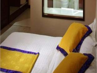 LandMark Skylight Pearl Hotel - Room type photo