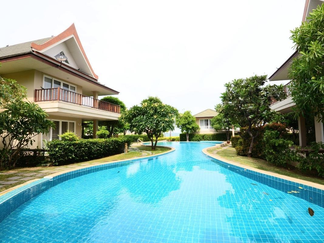 Baan Talay Samran Home Rental by Brittle Star