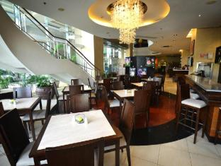 Lancaster Hotel Manila Manila - Food, drink and entertainment