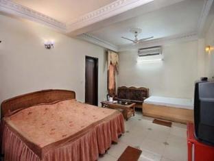 Hotel Ashiana New Delhi and NCR - Luxury Room