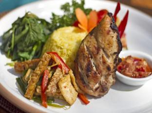 Alam Sari Keliki Hotel באלי - אוכל ומשקאות