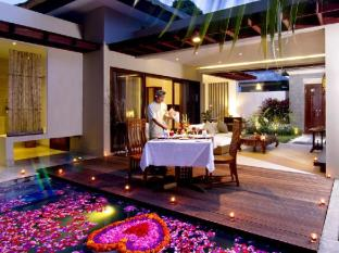 Desamuda Village Hotel Bali - Romantic Candle Light Dinner