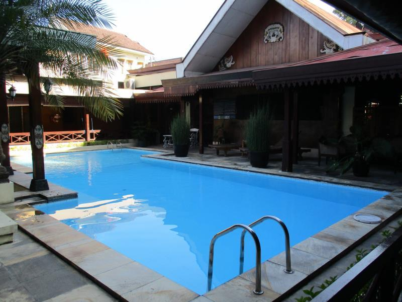 Istana Batik Ratna Hotel Yogyakarta - Hotels and Accommodation in Indonesia, Asia