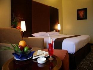 foto2penginapan-Hotel_Pangeran_Beach